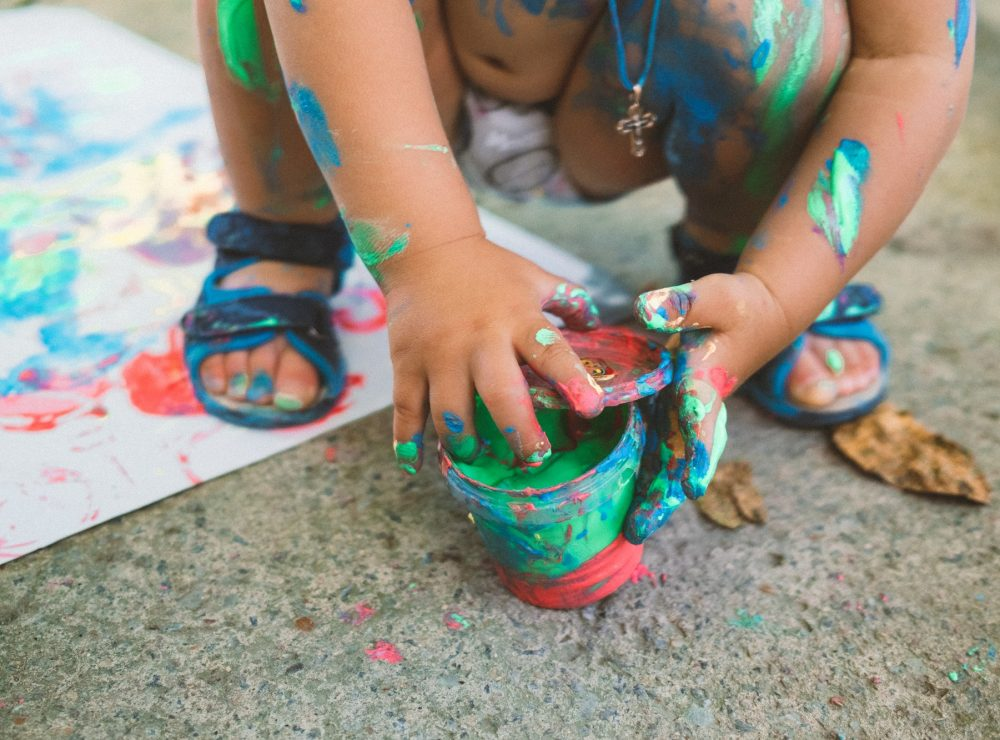 kids play with safe paints, learn to draw